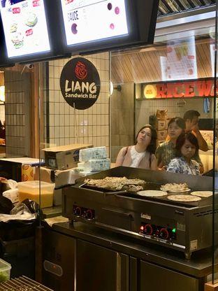 Foto 7 - Interior di Liang Sandwich Bar oleh Prido ZH