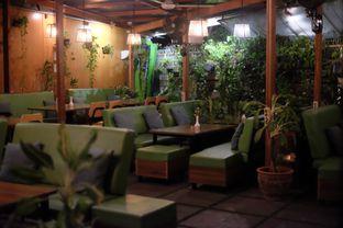 Foto 3 - Interior di Expatriate Restaurant oleh Novi Ps