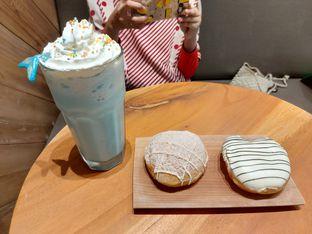 Foto review Krispy Kreme oleh cha_risyah  1