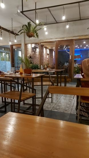 Foto 2 - Interior di Barapi Meat and Grill oleh Risyah Acha