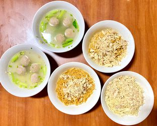 Foto 1 - Makanan di Mie Baso Akung oleh denise elysia