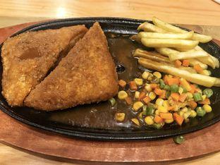 Foto 2 - Makanan(Dori Steak) di Warung Bos oleh Filipi & Caroline IG : @ratu_makan