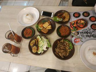Foto Makanan di Penyetan Cok