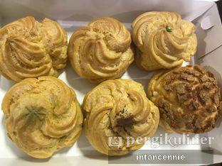 Foto 6 - Makanan di Boens Soes & Kopi oleh bataLKurus