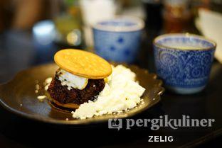 Foto 7 - Makanan(Ketan Nutella Smores) di Hatchi oleh @teddyzelig