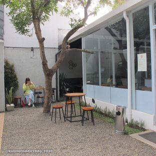 Foto 3 - Eksterior di Hailee Coffee oleh Kuliner Addict Bandung