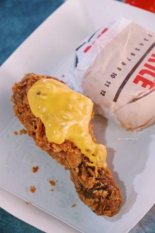 Foto 2 - Makanan di Burger King oleh Indra Mulia