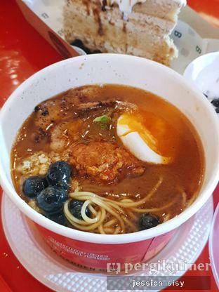 Foto 2 - Makanan di Universal Noodle Ichiro Ramen Market oleh Jessica Sisy