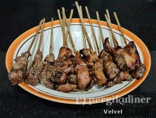 Foto 2 - Makanan(Sate Maranggi Sapi & Ayam) di Sate Maranggi Haji Yetty oleh Velvel