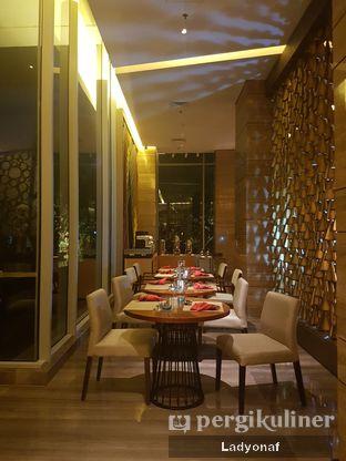 Foto 10 - Interior di Botany Restaurant - Holiday Inn oleh Ladyonaf @placetogoandeat