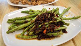 Foto 2 - Makanan(Baby Buncis Tumis Ebic) di Bola Seafood Acui oleh Komentator Isenk