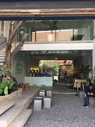 Foto 8 - Interior di Sawo Coffee oleh Mariane  Felicia