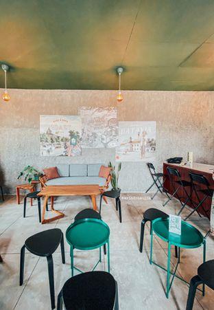 Foto 28 - Interior di Roast Coffee oleh Indra Mulia