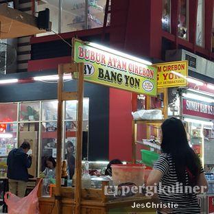 Foto 2 - Eksterior di Bubur Ayam Cirebon Bang Yon oleh JC Wen