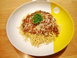 Foto 3 - Makanan(spaghetti) di Wok 'N' Tok - Yello Hotel Jemursari Surabaya oleh Ratu Aghnia
