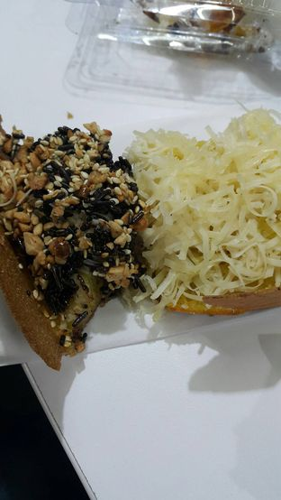 Foto 2 - Makanan di Martabak Orins oleh Evelin J