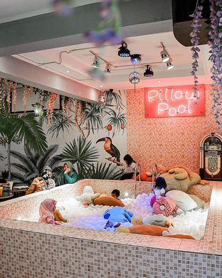 Foto 1 - Interior di Pillow Cake oleh Selviana yu