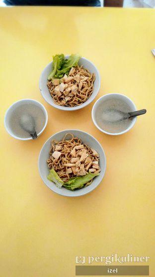 Foto - Makanan di Mie Garing Ayam Kampung oleh izel / IG:Grezeldaizel