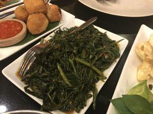 Foto 4 - Makanan(Tumis Kangkung Balacan) di Pala Adas oleh Oswin Liandow