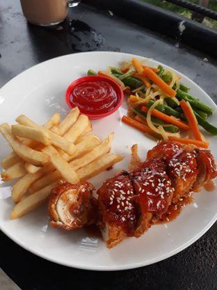 Foto 1 - Makanan di Kitiran Resto & Cafe oleh Mouthgasm.jkt