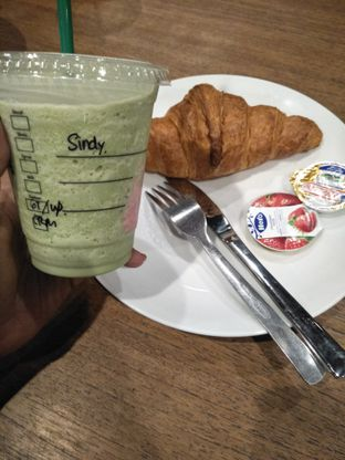 Foto review Starbucks Coffee oleh ananda cyndy 2