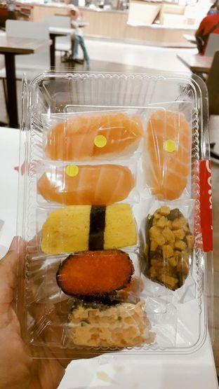 Foto review Sushi & Sashimi oleh Widya Destiana 2