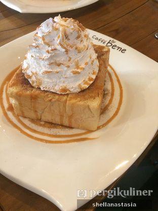 Foto 9 - Makanan(Caramel Cinnamon Bread) di Caffe Bene oleh Shella Anastasia