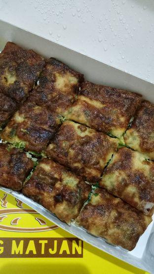 Foto 2 - Makanan(Martabak Asin Daging Ayam) di Martabak Bang Matjan oleh Ratu Aghnia