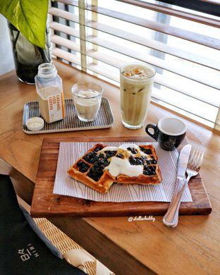 Foto - Makanan(Boba waffle) di Woodpecker Coffee oleh Stellachubby