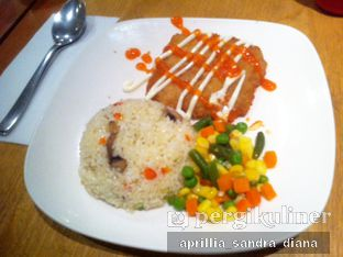 Foto 1 - Makanan(Dory & Butter RIce) di Imperial Cakery & Cafe oleh Diana Sandra