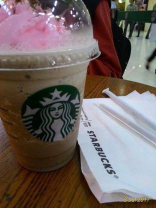 Foto 2 - Makanan(Choco Frappuccino) di Starbucks Coffee oleh Indriyati Rahardia