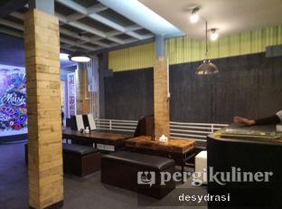 Foto 4 - Interior di 4eat & Coffee oleh Desy Mustika