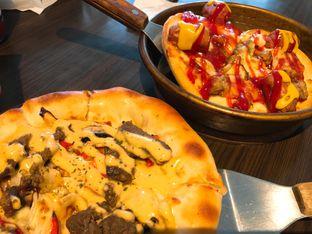 Foto 1 - Makanan di Pizza Hut oleh Dewi Tya Aihaningsih