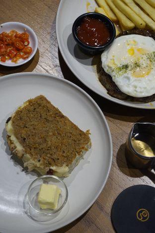 Foto 15 - Makanan di Gerilya Coffee and Roastery oleh yudistira ishak abrar
