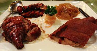 Foto review Sun City Restaurant - Sun City Hotel oleh Vising Lie 3