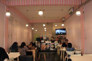 Foto 5 - Interior di Cafe Jalan Korea oleh helothere
