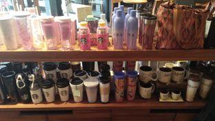 Foto 2 - Interior di Starbucks Coffee oleh Review Dika & Opik (@go2dika)