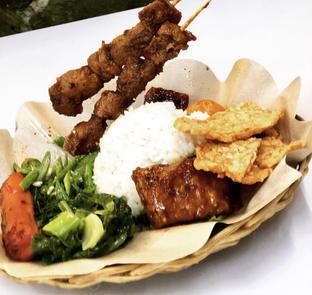 Foto - Makanan di Kehidupan Tidak Pernah Berakhir oleh awcavs X jktcoupleculinary