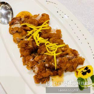 Foto 2 - Makanan(Crispy chicken with plum sauce) di Pearl - Hotel JW Marriott oleh Sienna Paramitha