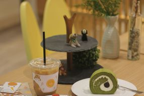 Foto Sollie Cafe & Cakery