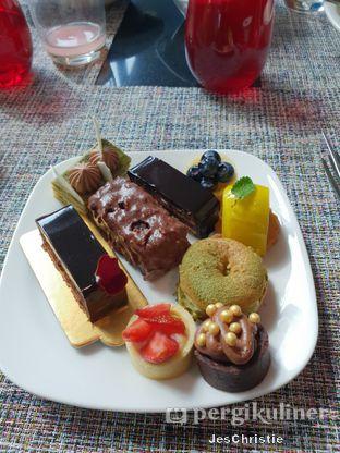 Foto 4 - Makanan di Collage - Hotel Pullman Central Park oleh JC Wen