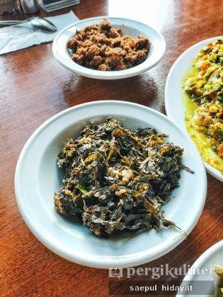 Foto 5 - Makanan(Sayur Pangi) di Restoran Beautika Manado oleh Saepul Hidayat
