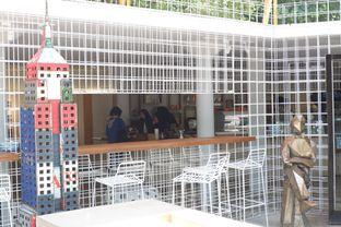 Foto 13 - Interior di Artwork Coffee Space oleh yudistira ishak abrar