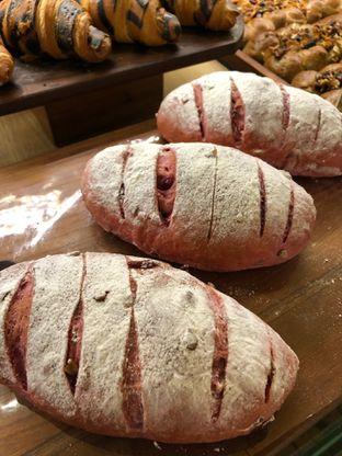 Foto 1 - Makanan di Francis Artisan Bakery oleh Mitha Komala