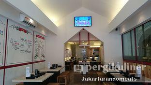 Foto 12 - Interior di The Seafood Tower oleh Jakartarandomeats