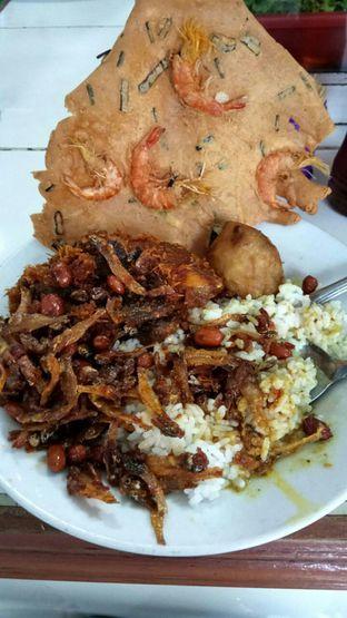 Foto - Makanan di Warteg Gang Mangga oleh YSfoodspottings