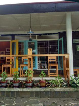 Foto 1 - Interior di Cak Koes Resto & Coffee Shop oleh Kartika Sari