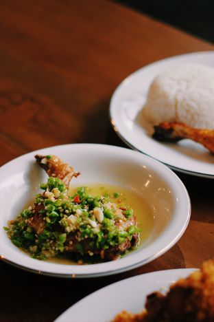 Foto 1 - Makanan di Ayam Pedos oleh Erika Karmelia