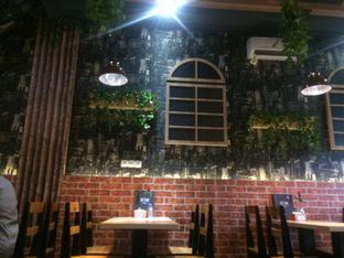 Foto review Home Cafe oleh Dina Ambrukst 2