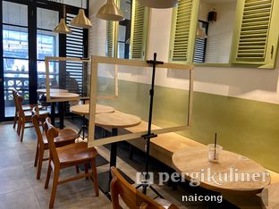 Foto 4 - Interior di Sedjenak Koffie En Eethuis oleh Icong